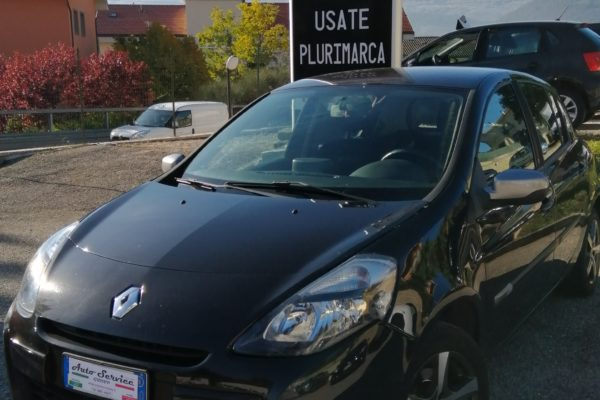 RENAULT Clio Hatchback 1.6 Dynamique
